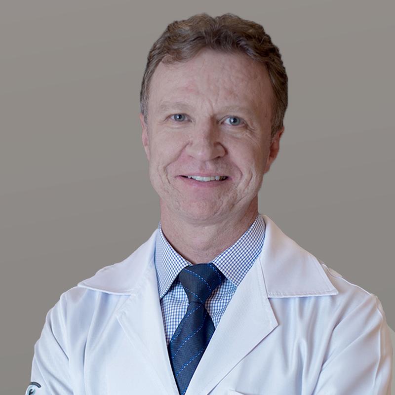 Dr. Carlos Tedeschi